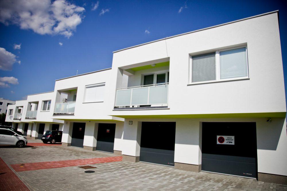 Rodinné domy s tromi bytovými jednotkami – Senec, Žitavská ulica